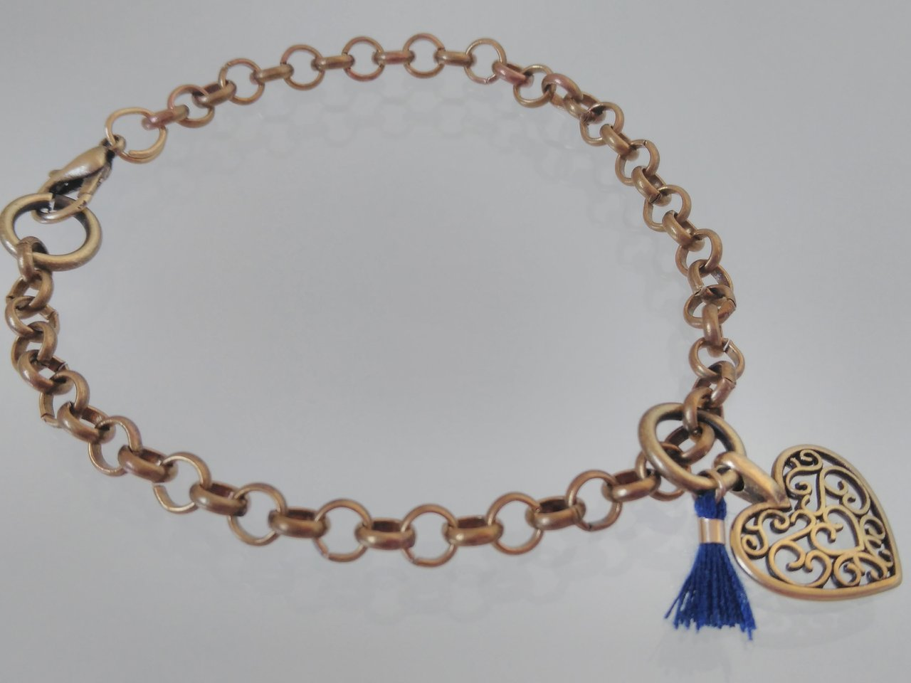 BRASS CHAIN  BRACELET WITH A HEART